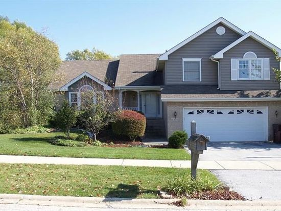 16405 Pear Ave, Orland Park, IL 60467