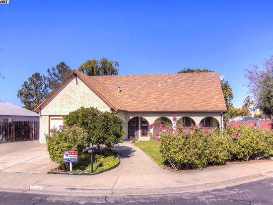 5646 Firestone Rd, Livermore, CA 94551