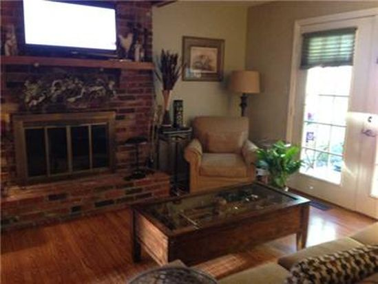 103 Foxcroft Dr, Butler, PA 16001