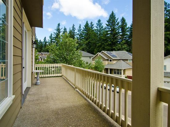 5651 NW Bannister Dr, Portland, OR 97229