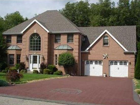 1056 Rimrock Rd, Greensburg, PA 15601