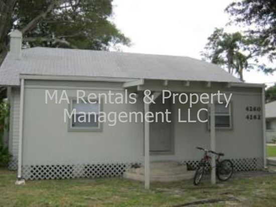 4262 Greenwood Ave, Fort Myers, FL 33905