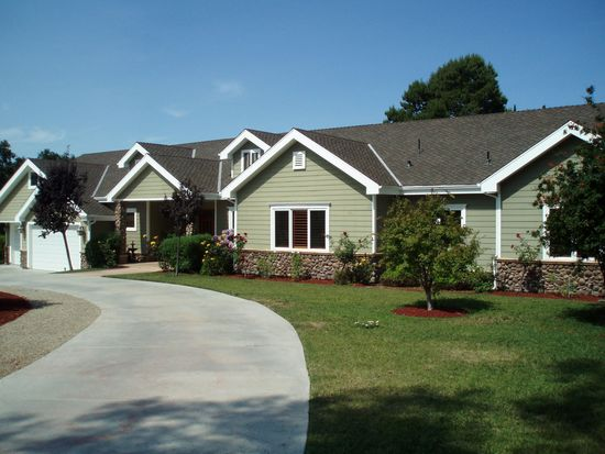 5161 Angeles Crest Hwy, La Canada Flintridge, CA 91011