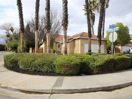 401 Kinsmill Ct, Suisun City, CA 94585