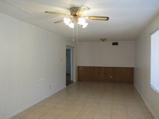 5423 16th Pl, Lubbock, TX 79416