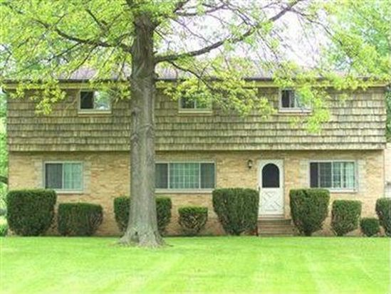 25706 John Rd, Olmsted Twp, OH 44138