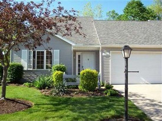 15762 Grosse Pointe Oval, Strongsville, OH 44136
