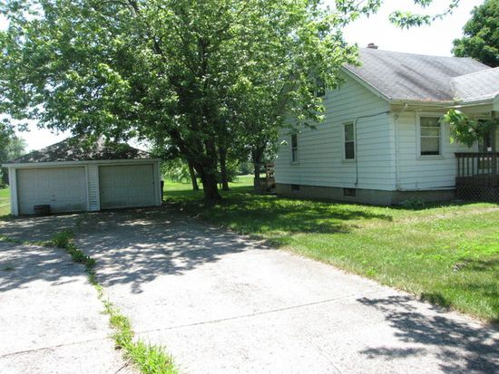 5211 W Margaret St, Monee, IL 60449