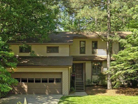 6405 Lakeway Dr, Raleigh, NC 27612
