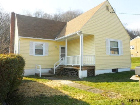 25 Plymouth Ave, Johnstown, PA 15906
