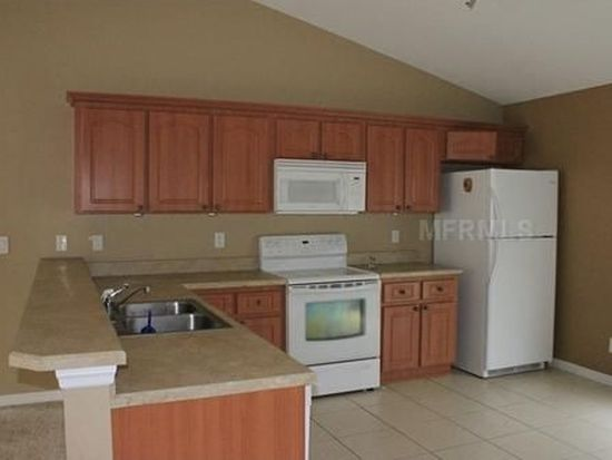 1212 Camarosa Ln, Plant City, FL 33563