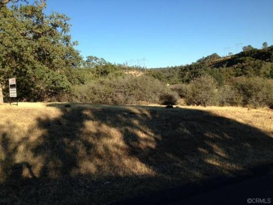 801 Whispering Winds Ln, Chico, CA 95928