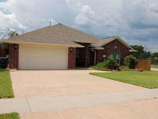 1521 Hunter Creek Dr, College Station, TX 77845