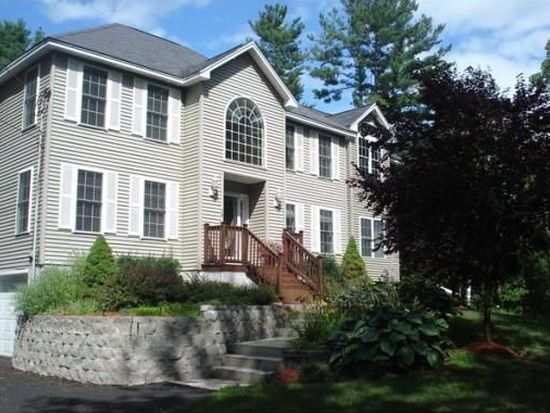 10 Zachary Xing, Salem, NH 03079