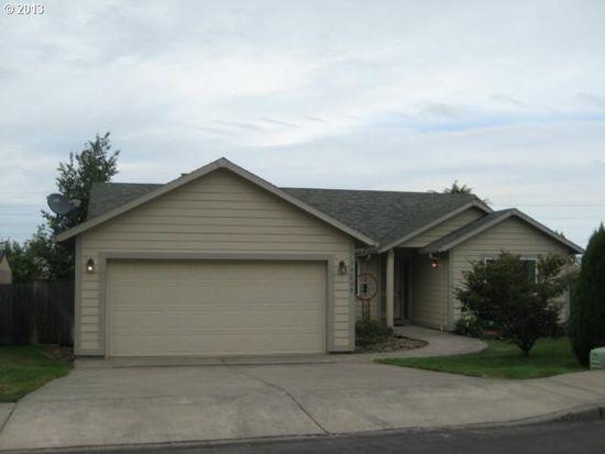 19208 Cokeron Dr, Oregon City, OR 97045