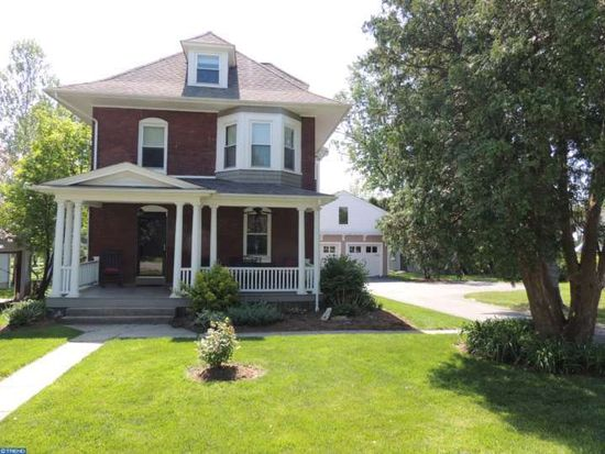 9 Rossiter Ave, Phoenixville, PA 19460