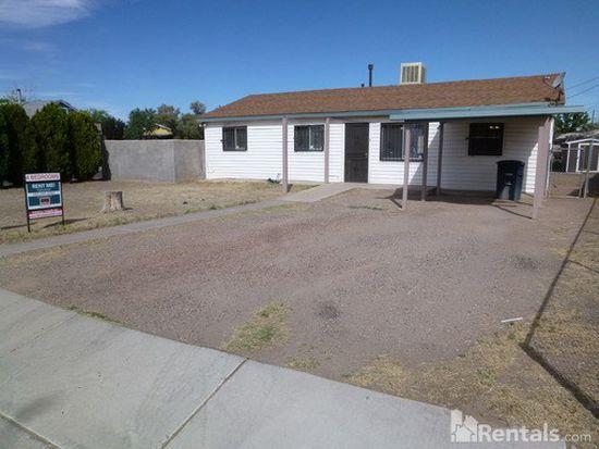 2901 Phoenix Pl NW, Albuquerque, NM 87107