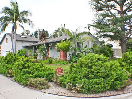 8901 Lilienthal Ave, Los Angeles, CA 90045