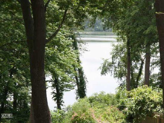 5 Taunton Lake Rd, Newtown, CT 06470