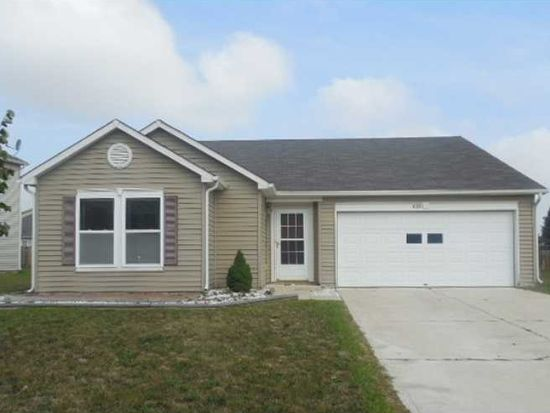 628 Streamside Dr, Greenfield, IN 46140