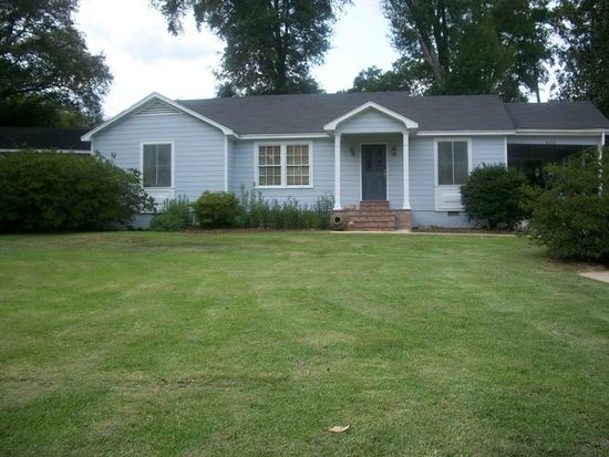 609 Sumrall Rd, Columbia, MS 39429