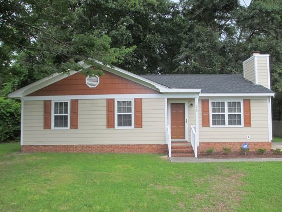 306 Renee Dr, Goldsboro, NC 27534