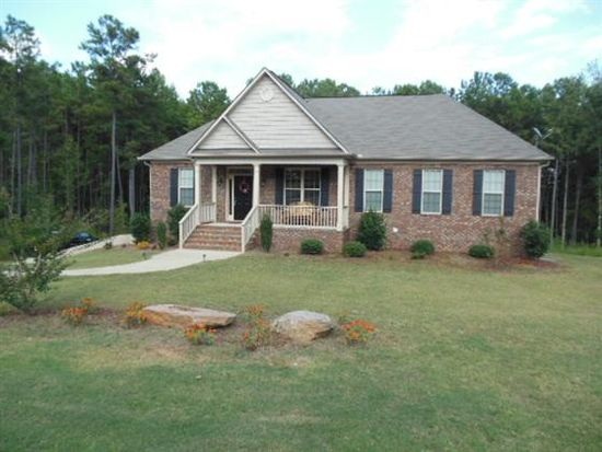 113 Amhurst Dr, West Point, GA 31833