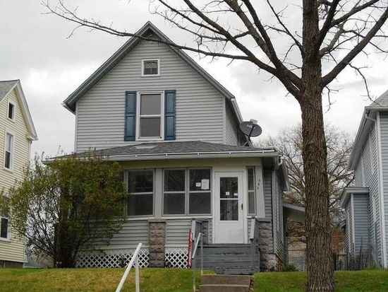808 W 17th St, Davenport, IA 52804