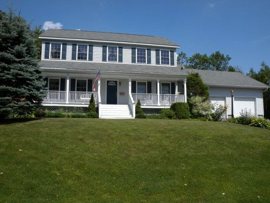 26 Barcomb Ave, Morrisonville, NY 12962