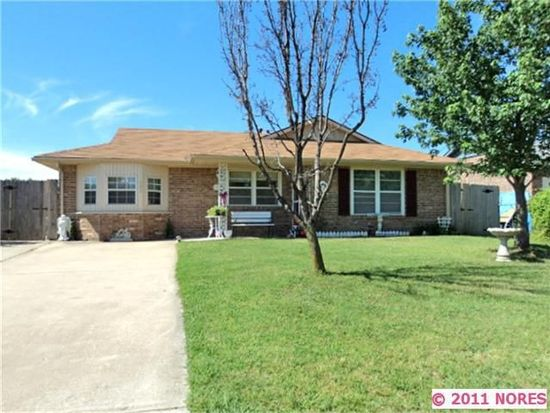 522 Chief Stan Waite Ln, Catoosa, OK 74015