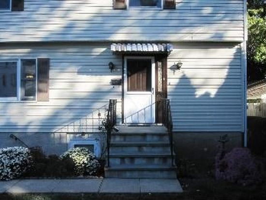 100 Touraine Ave, Port Chester, NY 10573
