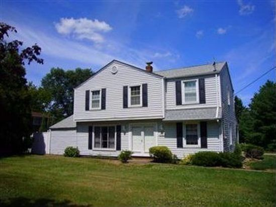 36603 Ridge Rd, Willoughby, OH 44094