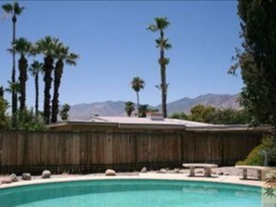 402 N Farrell Dr, Palm Springs, CA 92262
