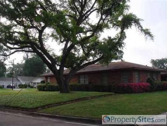 795 Yount St, Beaumont, TX 77706