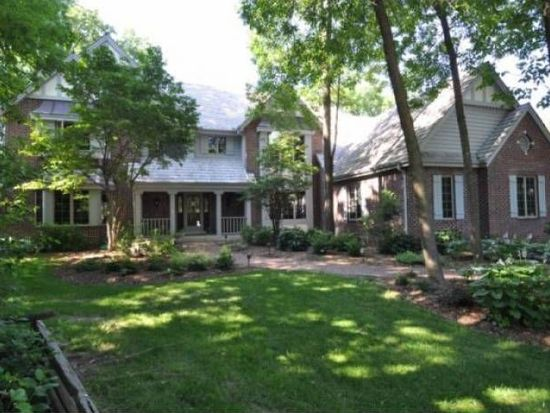 14295 Woodmount Dr, Brookfield, WI 53005