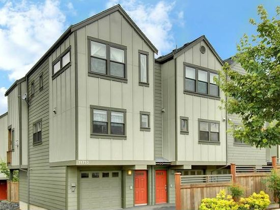 11713 Greenwood Ave N APT A, Seattle, WA 98133