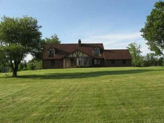 8392 Otterbein Trl NW, Lancaster, OH 43130