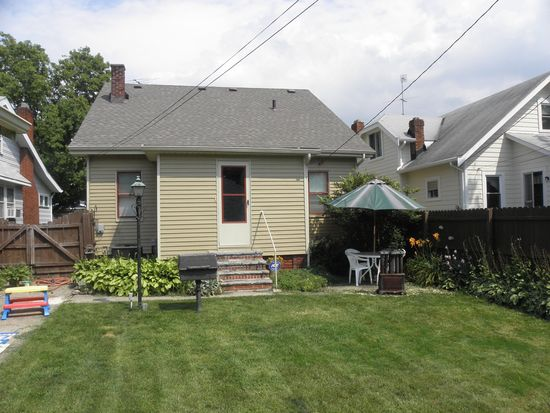 3714 W 135th St, Cleveland, OH 44111