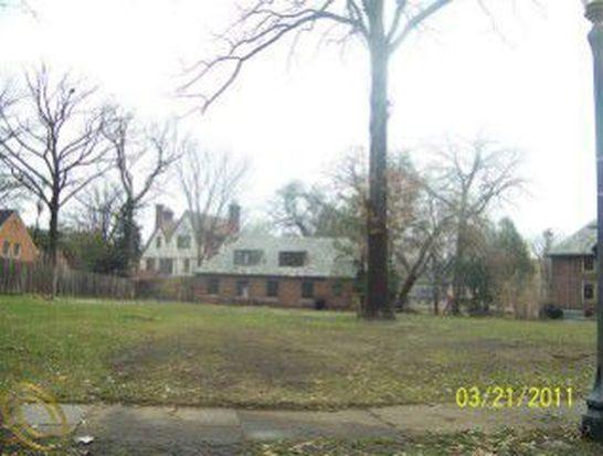 1860 Balmoral Dr, Detroit, MI 48203