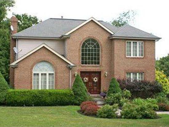 206 Warren Rd, Warrendale, PA 15086