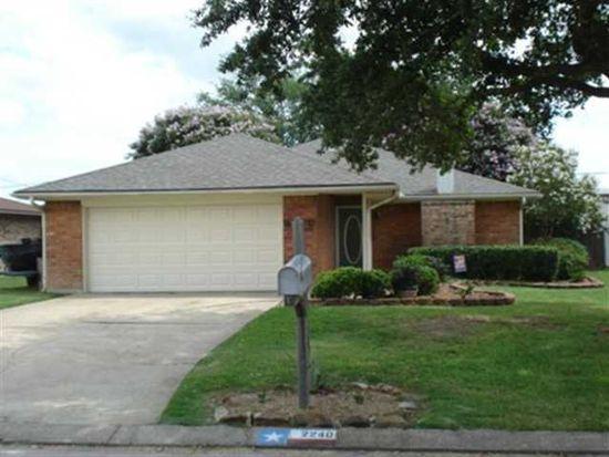 2240 Little John Ln, Groves, TX 77619
