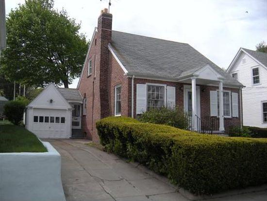 34 Longwood Ave, Providence, RI 02908