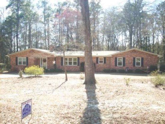 228 Rosedale Cir, Swainsboro, GA 30401