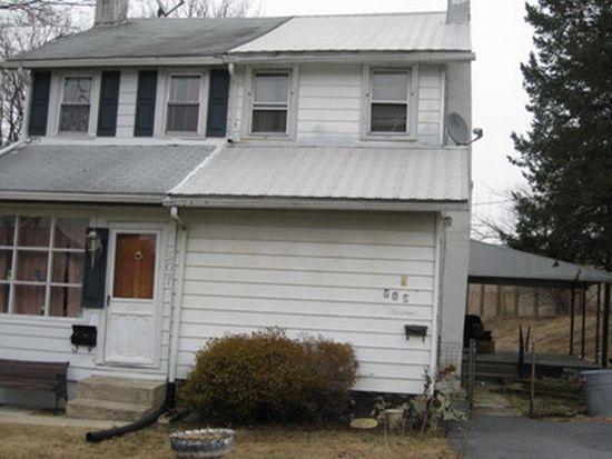 609 W Lawn Ave, West Lawn, PA 19609