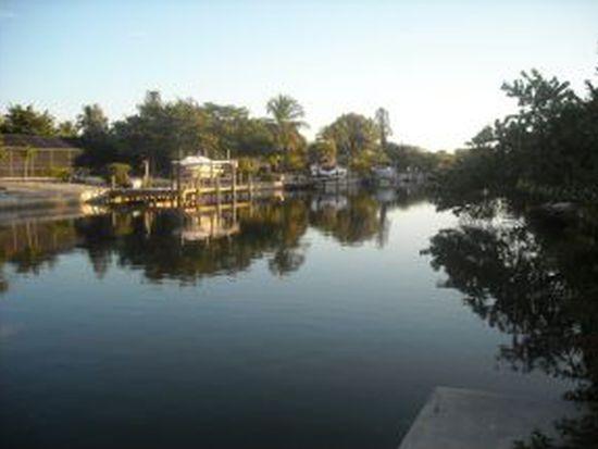990 Beach Rd, Sanibel, FL 33957