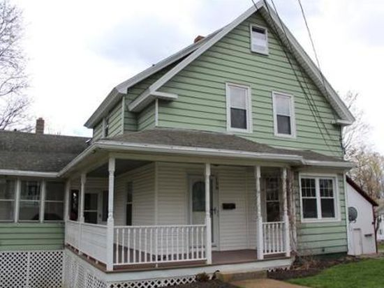 158 Logan St, Gardner, MA 01440