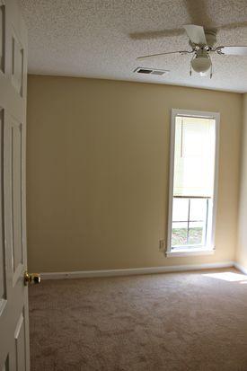 2702 Rustic Dr, Memphis, TN 38133