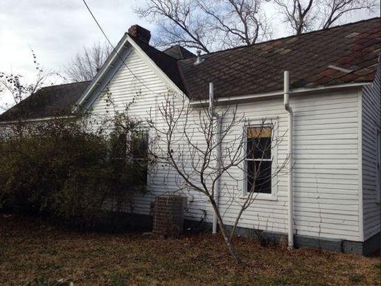 452 Calhoun St, West Point, MS 39773