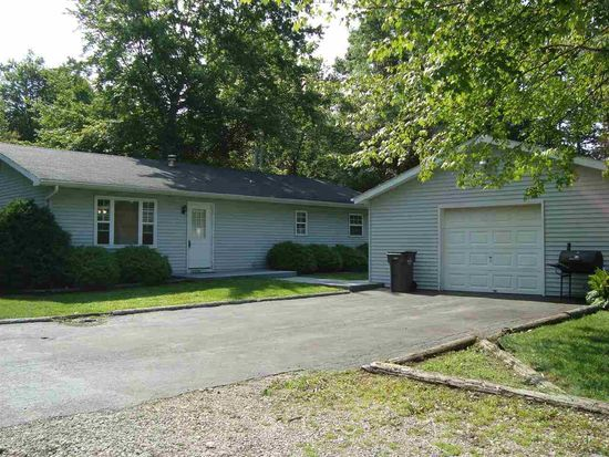 13174 County Road 4, Middlebury, IN 46540