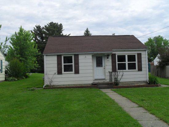 740 High St, Conneaut Lake, PA 16316